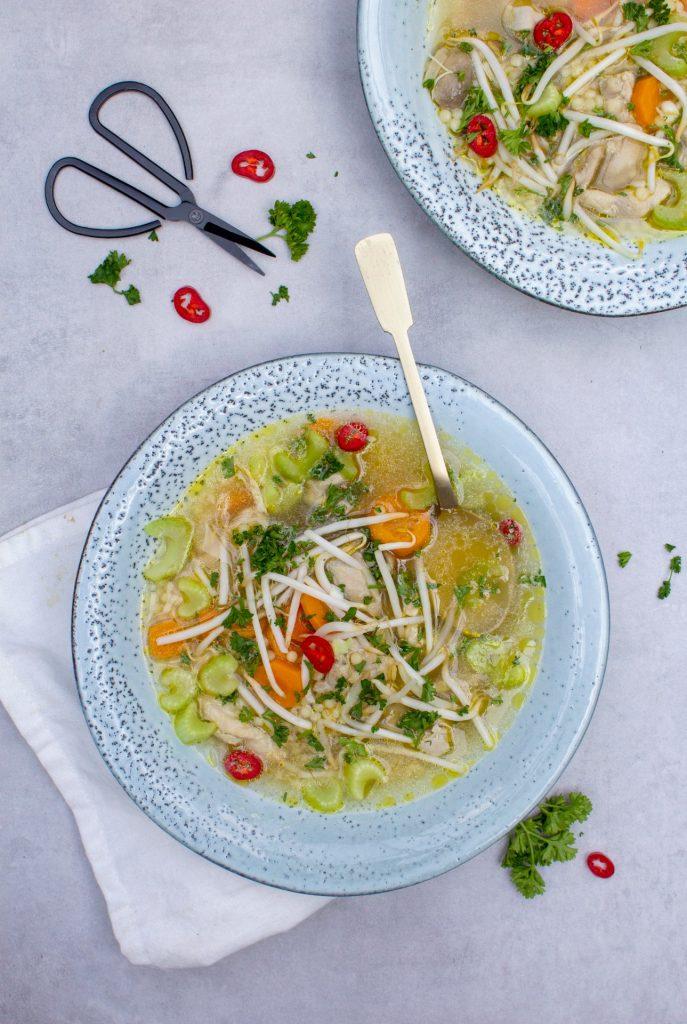 Gezonde-kippensoep-foodlies