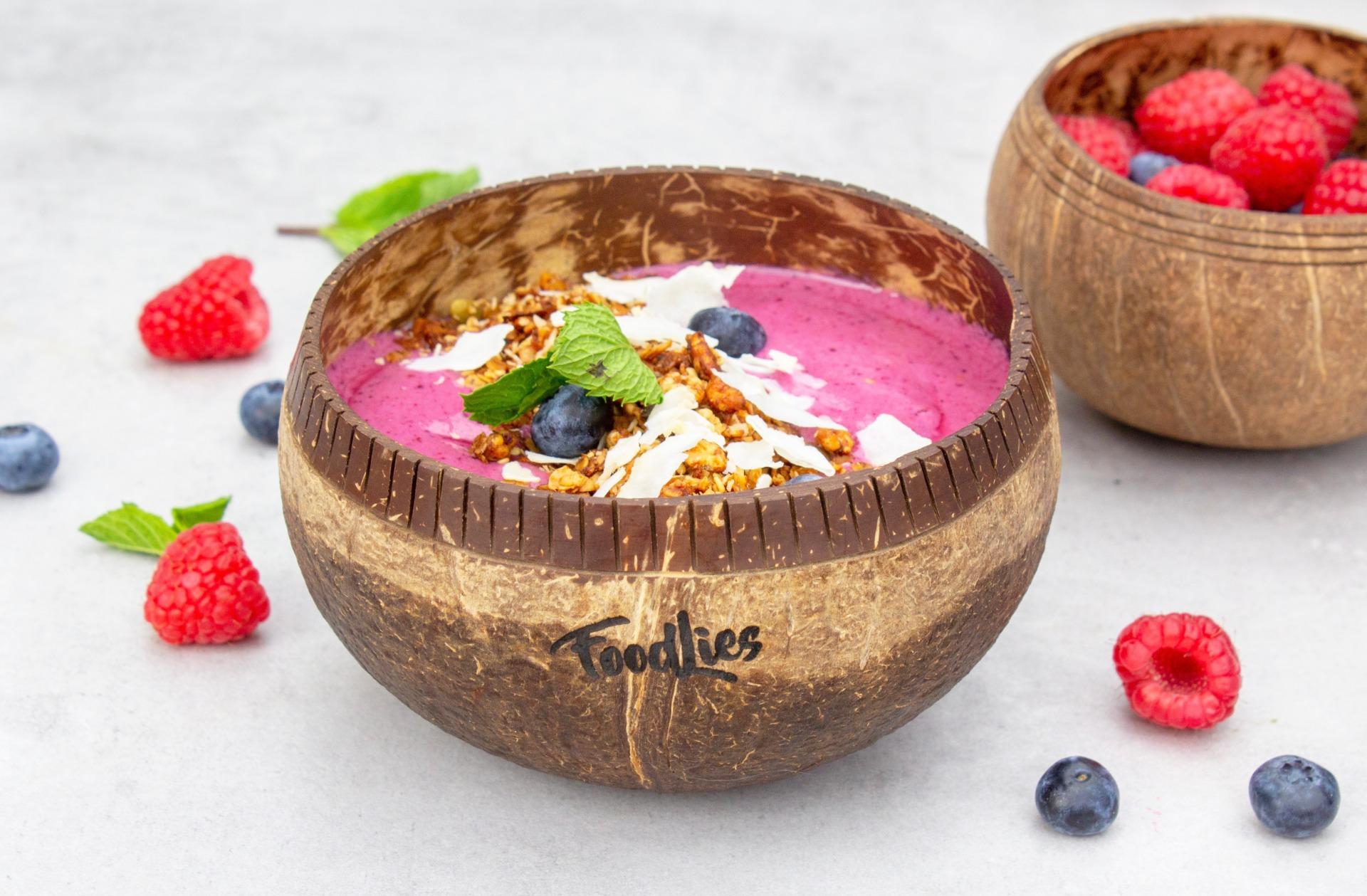 Smoothie bowl met rood fruit