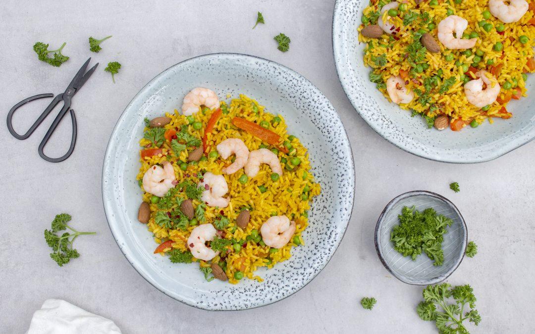 Paella met zilvervliesrijst en garnalen