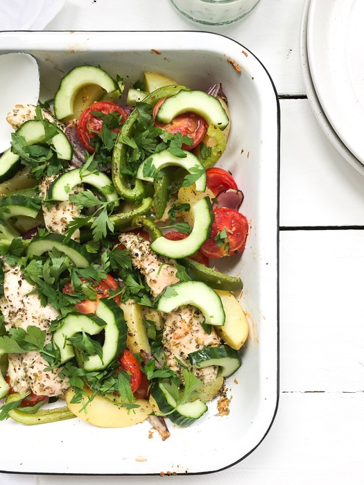Griekse ovenschotel met kip en aardappel