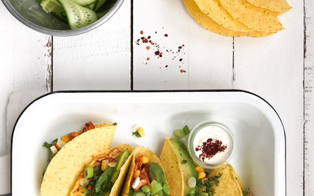 Taco's met pulled chicken