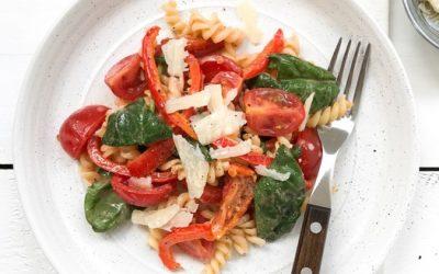 Pastasalade met zongedroogde tomaat