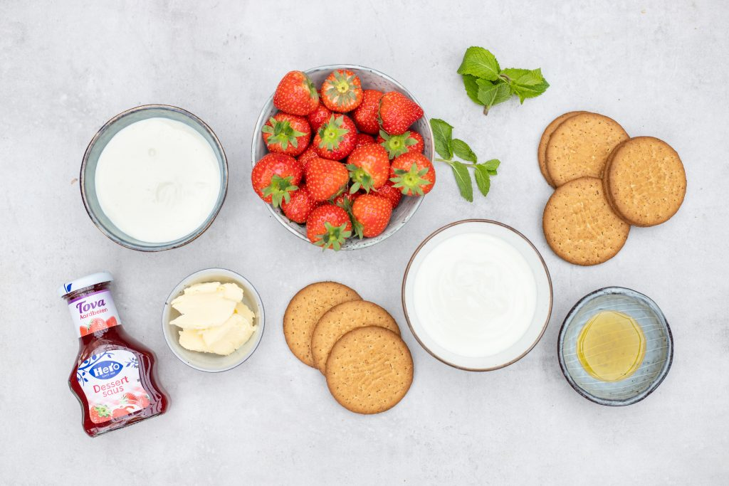 Ingrediënten cheesecake in glaasje foodlies